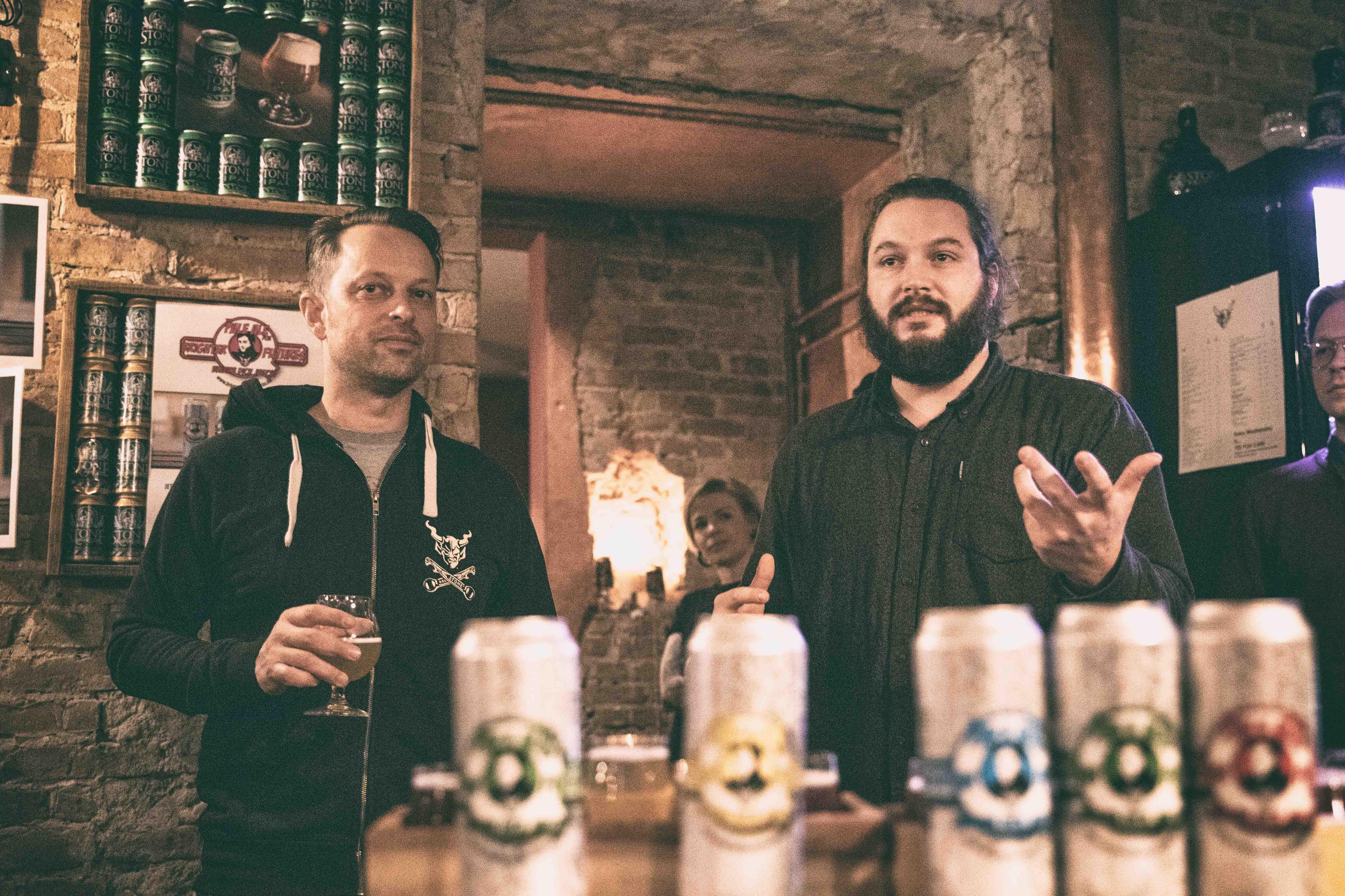 """Partner-Werbung:  Das Pale Ale für eine bessere Zukunft – Quartiermeister und Stone Brewing Berlin rufen den """"Brighter Futures Berlin Award"""" aus"""
