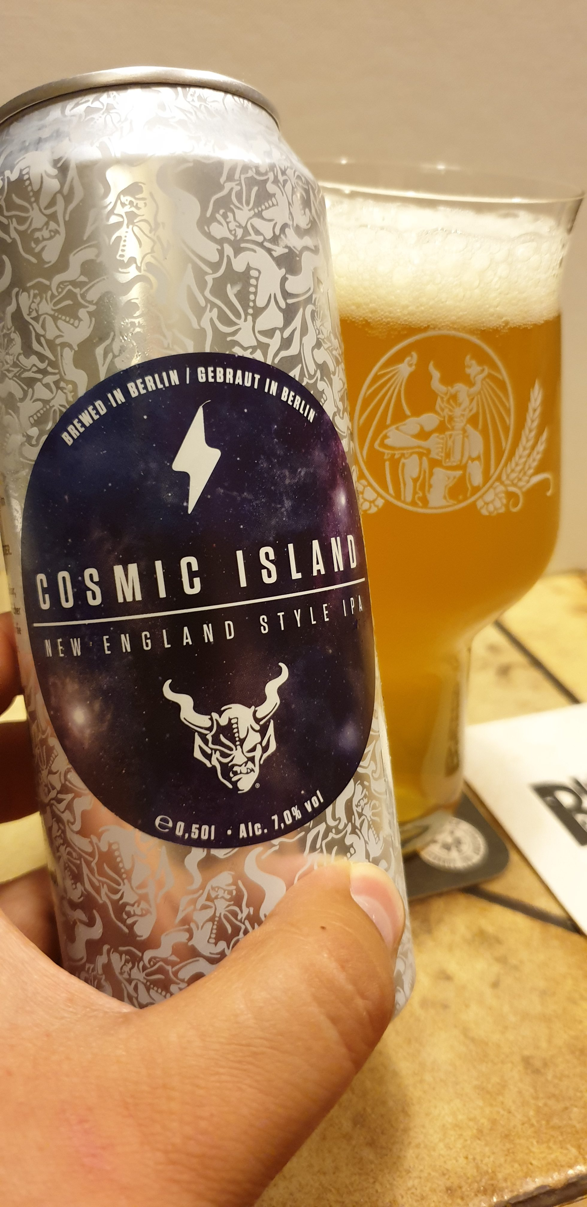 Stone Brewing / Garage Beer Co – UNIQCAN Serie – Cosmic Island New England IPA