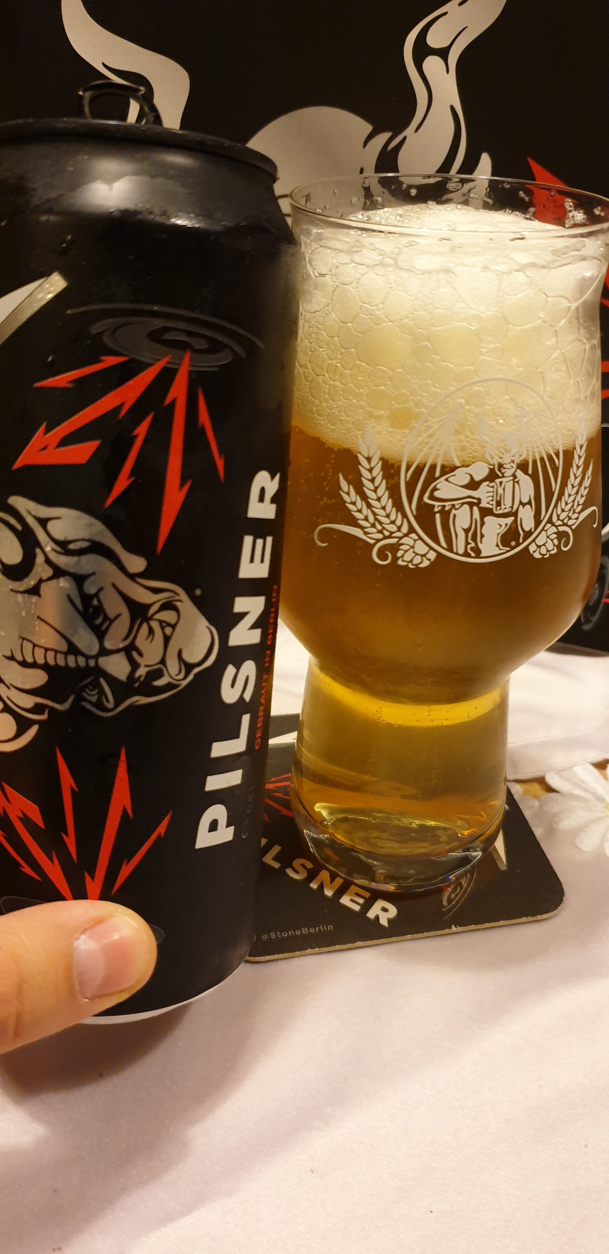 Metallica + Stone Brewing – Enter Night Pilsener
